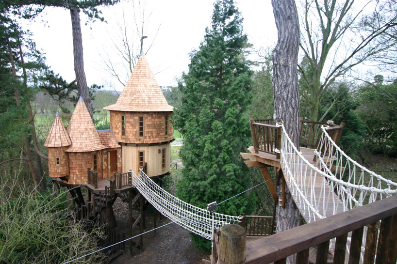 tree house 9 blueforest-living-the-highlife-treehouse-designboom-01